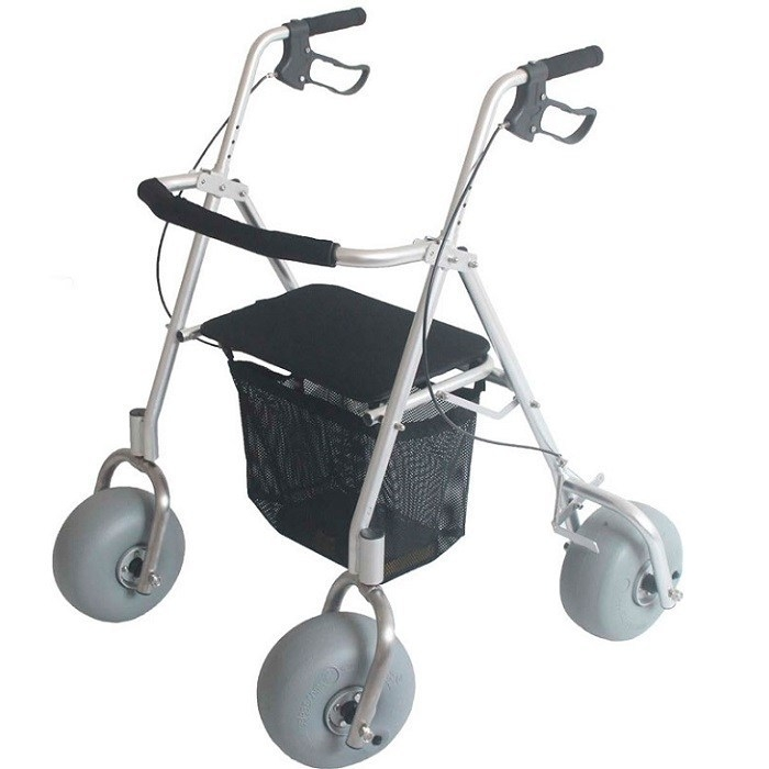 WheelEEZ All Terrain Rollator